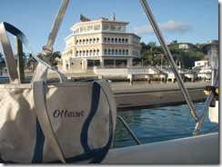 Officiant Bag at Ocean World 3-12-2011 6-49-09 AM